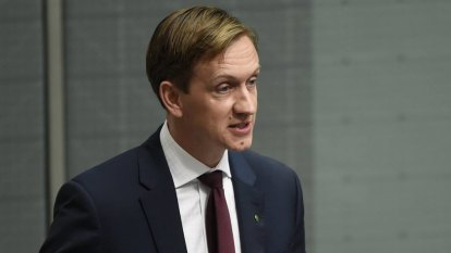 Labor asks ACCC to investigate big four accounting firms