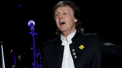 Paul McCartney brings surprise guest - Ringo Starr - to sold-out final show