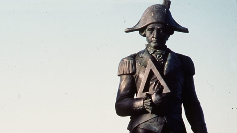 Captain Cook statue in Gisborn, NZ.