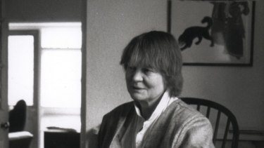 There are certain tics to all of Iris Murdoch's novels.