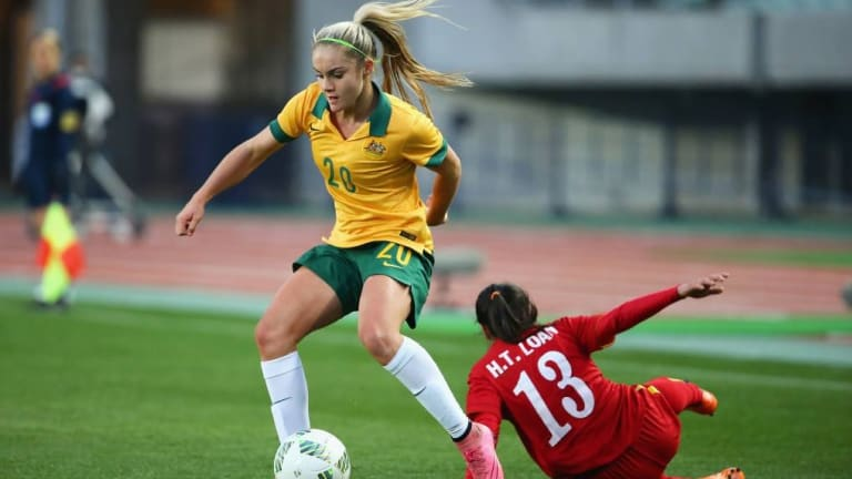 Canberra United defender Ellie Carpenter is in the running for the W-League young player of the year.