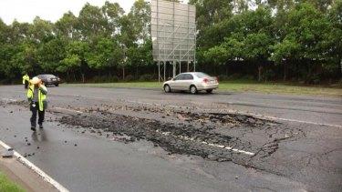 A burst water main has created traffic chaos in Brisbane's east. Photo: RACQ / Twitter