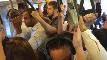 Ferny Grove rail line congestion