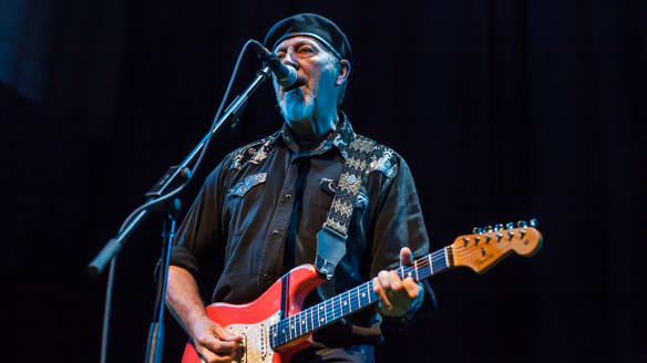 Richard Thompson: Songs of flesh, blood, fire, bones and thunder.