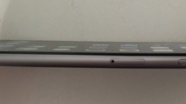 A distinct curve in an iPhone 6 Plus.