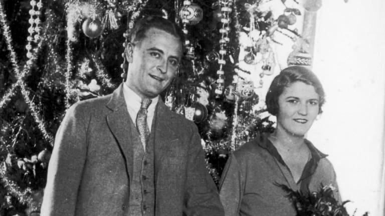 American author F. Scott Fitzgerald (1896-1940) dances with his wife Zelda.