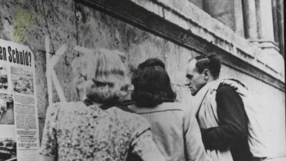 Why so many Germans committed suicide at the end of World War II