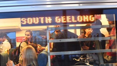 The federal government has pledged to create a fast rail link between Melbourne and Geelong