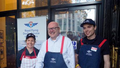 Aussie voters in London taste first democracy sausage