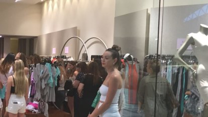 'It became hot very quickly' : Karrinyup shopping centre struck by power outage