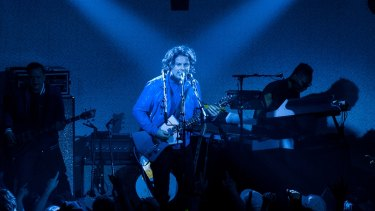 Jack White goes bonkers.
