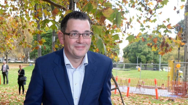 The Andrews government has been urged to set a bold renewable energy target.
