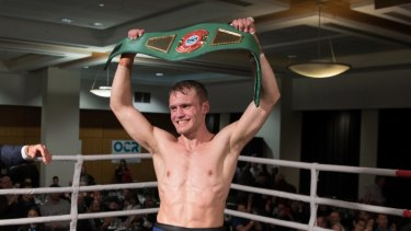 Canberra's David Toussaint crowned new Australian middleweight champion.