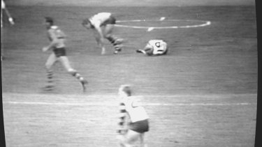 Television video of the Leigh Matthews-Neville Bruns incident in 1985.