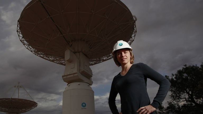 Black hole hunter Dr Lisa Harvey-Smith has won the Eureka Prize for Promoting Understanding of Australian Science Research.