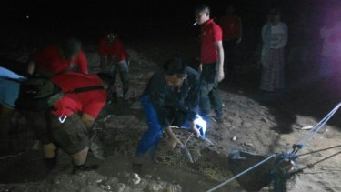 The Natural Resources Conservation Agency capturing a crocodile at Manikin beach.  Picture: Supplied
