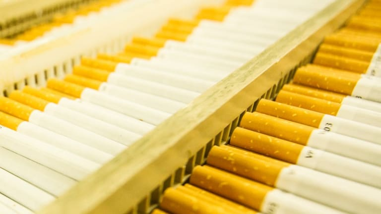 Amcor has agreed to pay $US30 million ($39.1 million) for the Brazilian tobacco packaging operations of Souza Cruz.