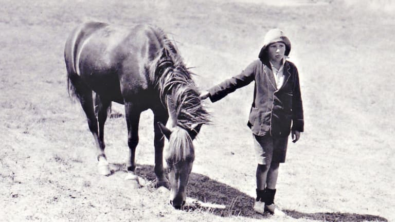 Ginger Mick and Lennie Gwyther in 1932, courtesy Leongatha Historical Society.