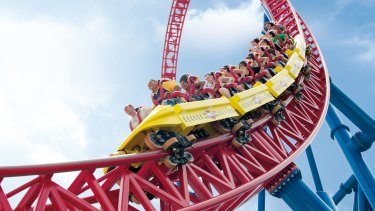Gold Coast theme parks get all-clear for Christmas