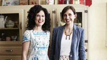 Annabel Crabb (left) and Wendy Sharpe.