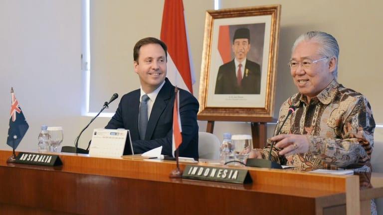 Indonesian Trade Minister Enggartiasto Lukita with Australian Trade Minister Steve Ciobo