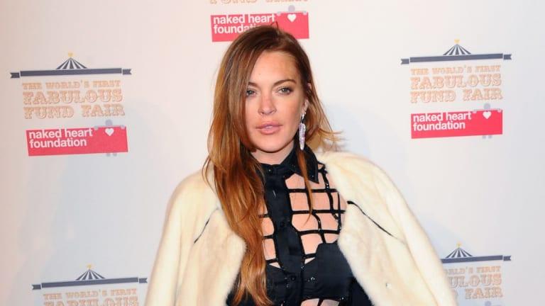 Lindsay Lohan is livetweeting Brexit.