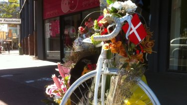 Ghost bike at South Brisbane, a shrine to Rebekka Meyer.
