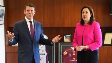 Queensland Premier Annastacia Palaszczuk has made an offer to NSW counterpart Mike Baird to build shark nets and drum lines for NSW.