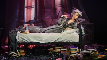 Paul Capsis as Quentin Crisp in Resident Alien at Fortyfivedownstairs.