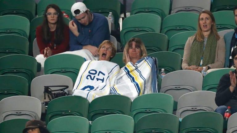 Sleepy spectators watch the men's third-round match between Gasquet and Dimitrov.