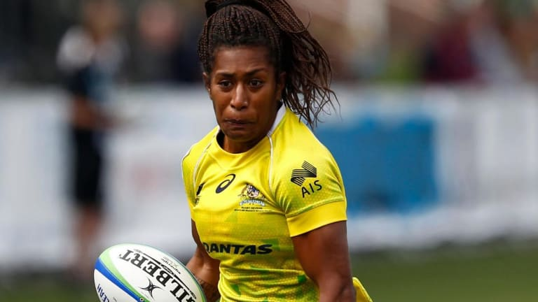 Ellia Green turned her back on sprinting to take up rugby.