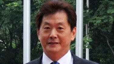 Bruce Zhong.