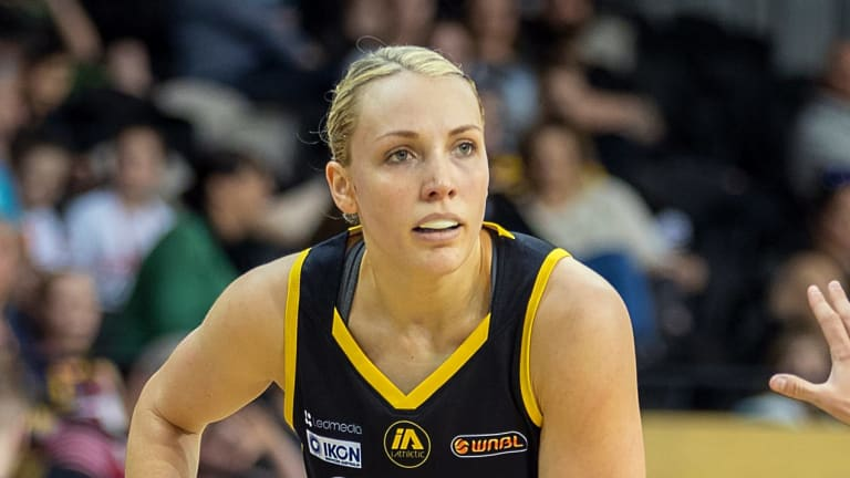 Maddie Garrick played a key role in the semi-final for the Boomers.