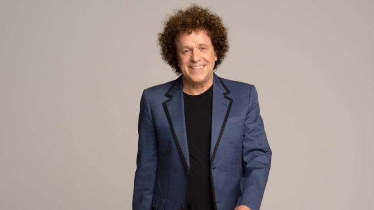 Singer Leo Sayer will performs at the National Multicultural Festival.