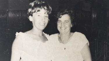 Maggie Beer with her mum, Doreen.