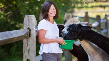 Geraldine Brooks lives with her family on a rural property at Martha's Vineyard, in Massachusetts, where they grown organic vegetables and have pet alpacas.