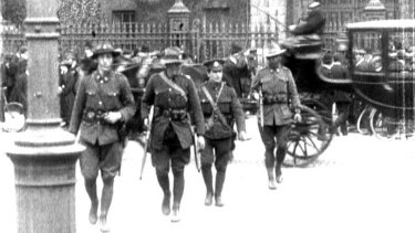 Anzacs outside Trinity College at the time of the Easter Rising in 1916.  Picture shows two New Zealanders, a British soldier and an Australian, believed to be Private Michael McHugh.