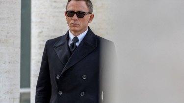 "Daniel Craig: ""I just try to make [Bond] more human."""