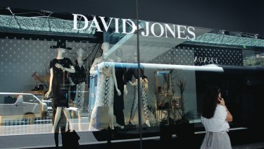 Rival David Jones will also allow an early start to the Boxing Day sales via its website.
