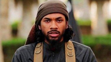 Neil Prakash as seen in an IS propaganda video in which he identifies himself.
