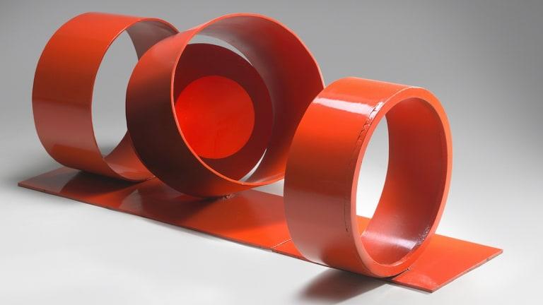 Red rings, 1972-73.