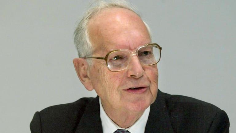 Sir Ninian Stephen has died.