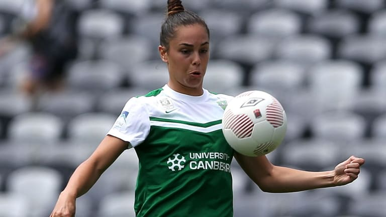 Australian and Canberra United defender Emma Checker can't tale a trick after another injury.