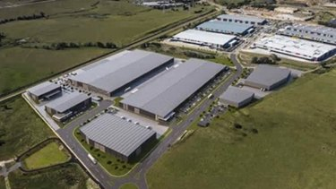 Oakdale, developed by Goodman and Brickworks. According to industrial property agents, Amazon is in talks to lease a large purpose-built warehouse on the estate.