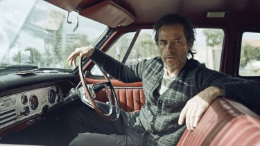 Guy Pearce plays a somewhat dishevelled Jack Irish.