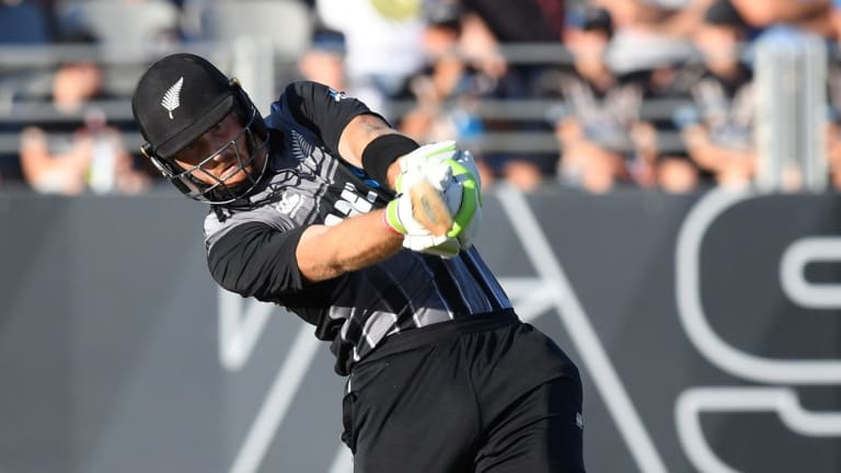t20 tri series new zealand batsmen punish aussies at eden park. Black Bedroom Furniture Sets. Home Design Ideas