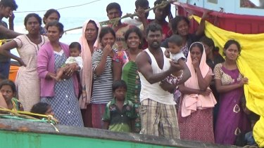 The 44 Sri Lankans claim they were en route to Australia when they had engine troubles.