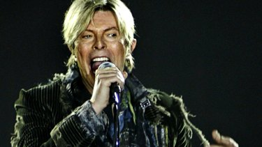 David Bowie would relax in the dressing room of the band Something For Kate when they toured with him in 2004.
