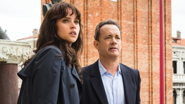Langdon (Tom Hanks) and Sienna (Felicity Jones) on the balcony of St. Marks Basilica in Columbia Pictures' INFERNO. Felicity Jones and Tom Hanks in Inferno.