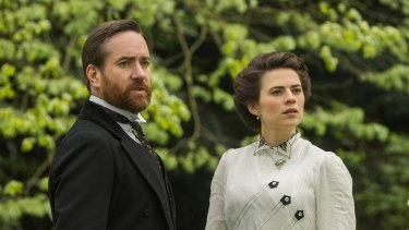 Matthew Macfadyen and Hayley Atwell are poles apart emotionally in <i>Howards End</i>.